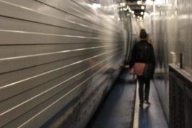 Палуба с поездом в пароме