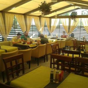 Летняя веранда в кафе ПельMen в Волгограде