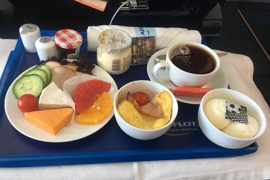 Москва - Минск еда в бизнес классе Аэрофлота