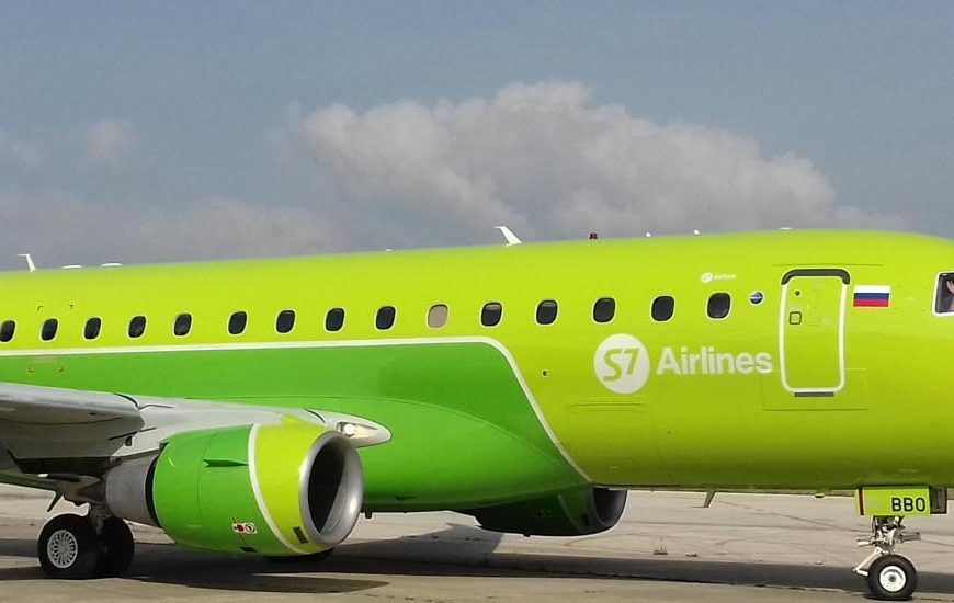 S7 Airlines Embraer 170
