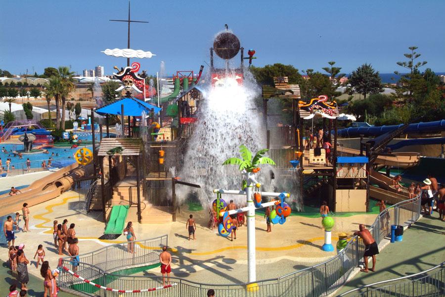 Illa Fantasia аквапарк в Барселоне