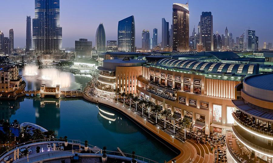 Дубай Молл, вид с воды