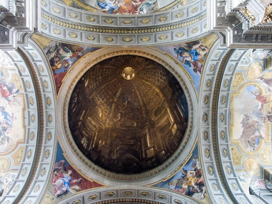 Купол в церкви Святого Игнацио