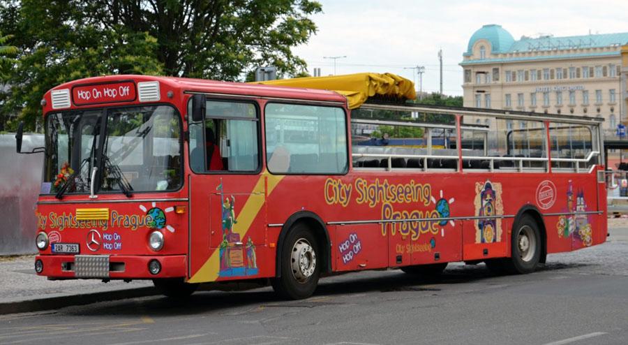 Бас Туристик в Праге