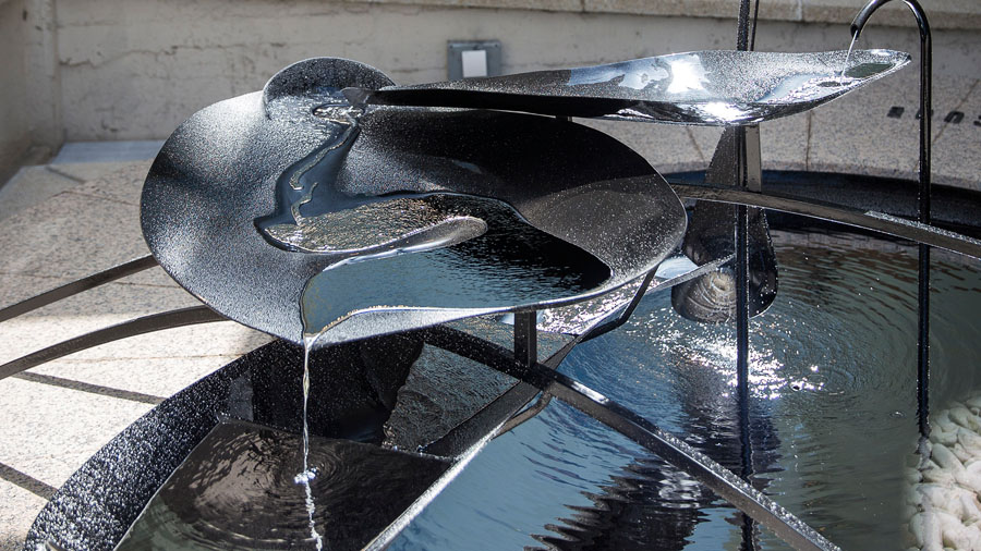 Токсичный фонтан Меркурия в Барслеоне
