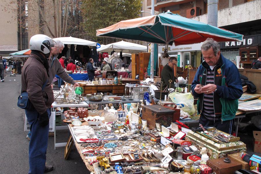 Блошиный рынок в Риме