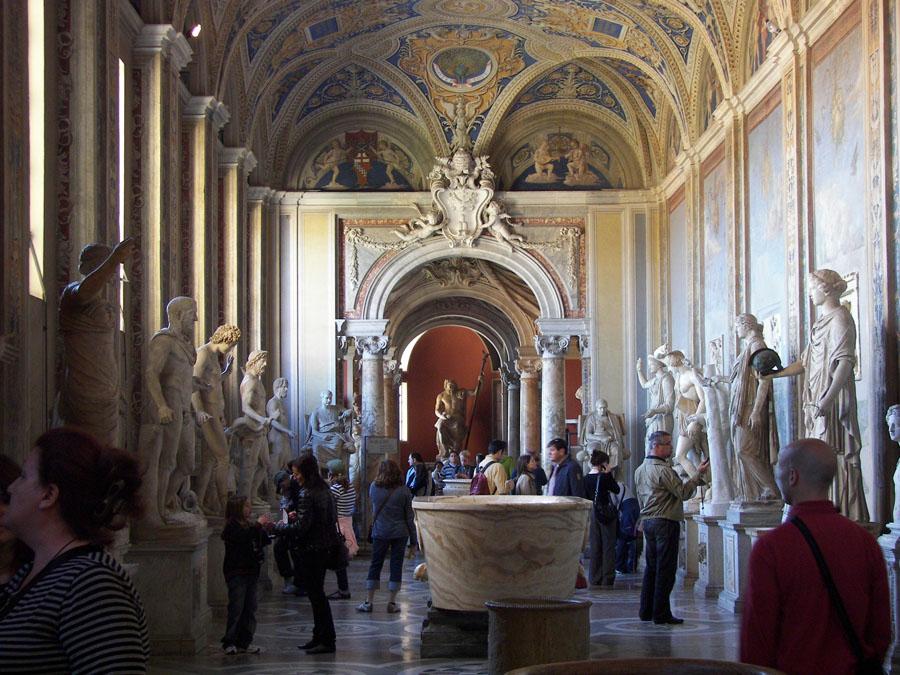 Внутри Национального Музея Рима