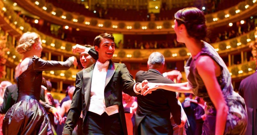 Танцы на концертах классической музыки в Вене