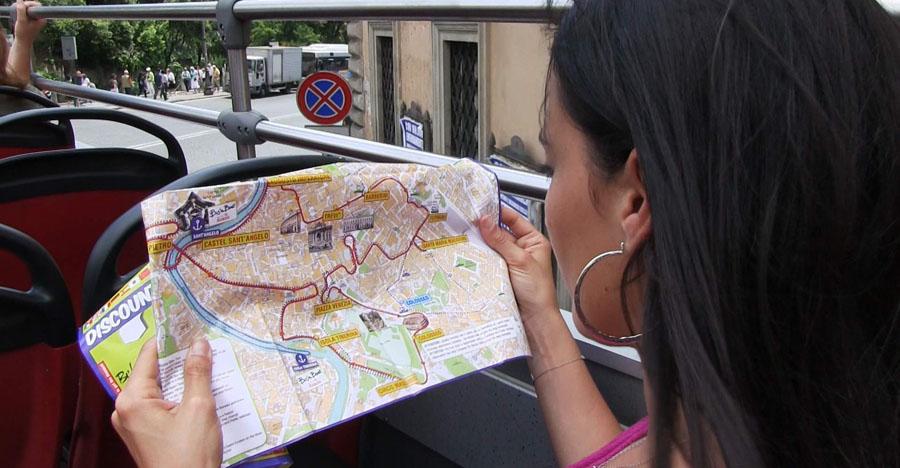 карта туристического автобуса в Риме.