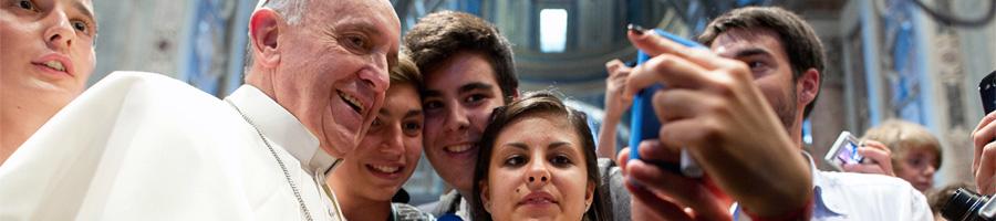 Селфи с Папой Римским