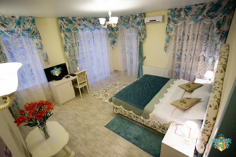 Отель Французский квартал в Анапе
