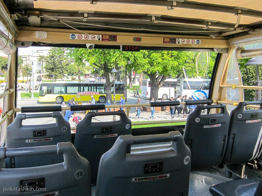 Второй этаж автобуса в Стамбуле