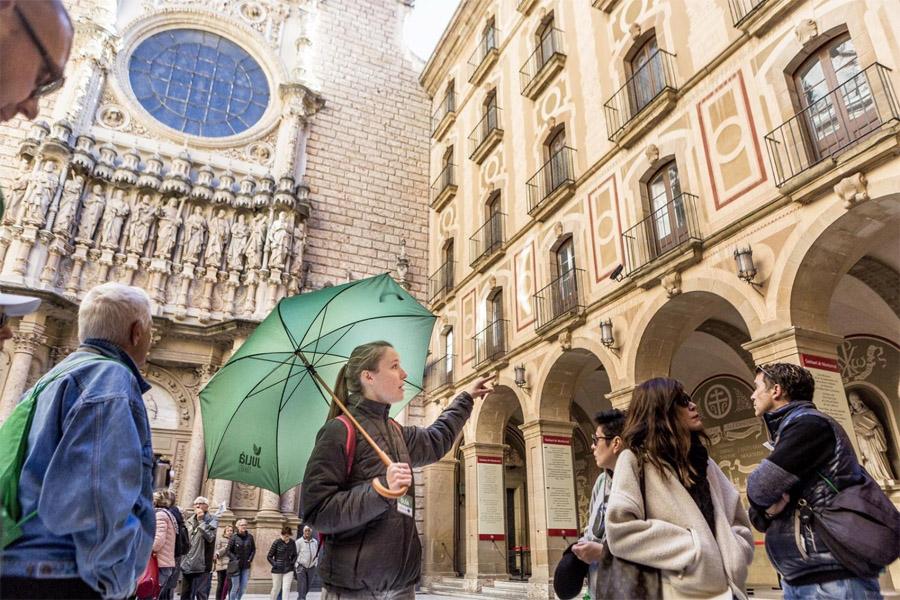 Экскурсии в Монастырь