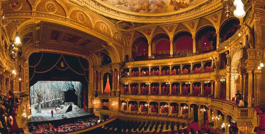 Опера в Будапеште