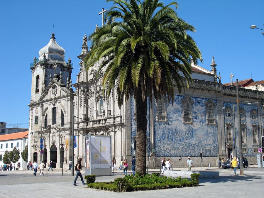 Церковь Кармо в Порту