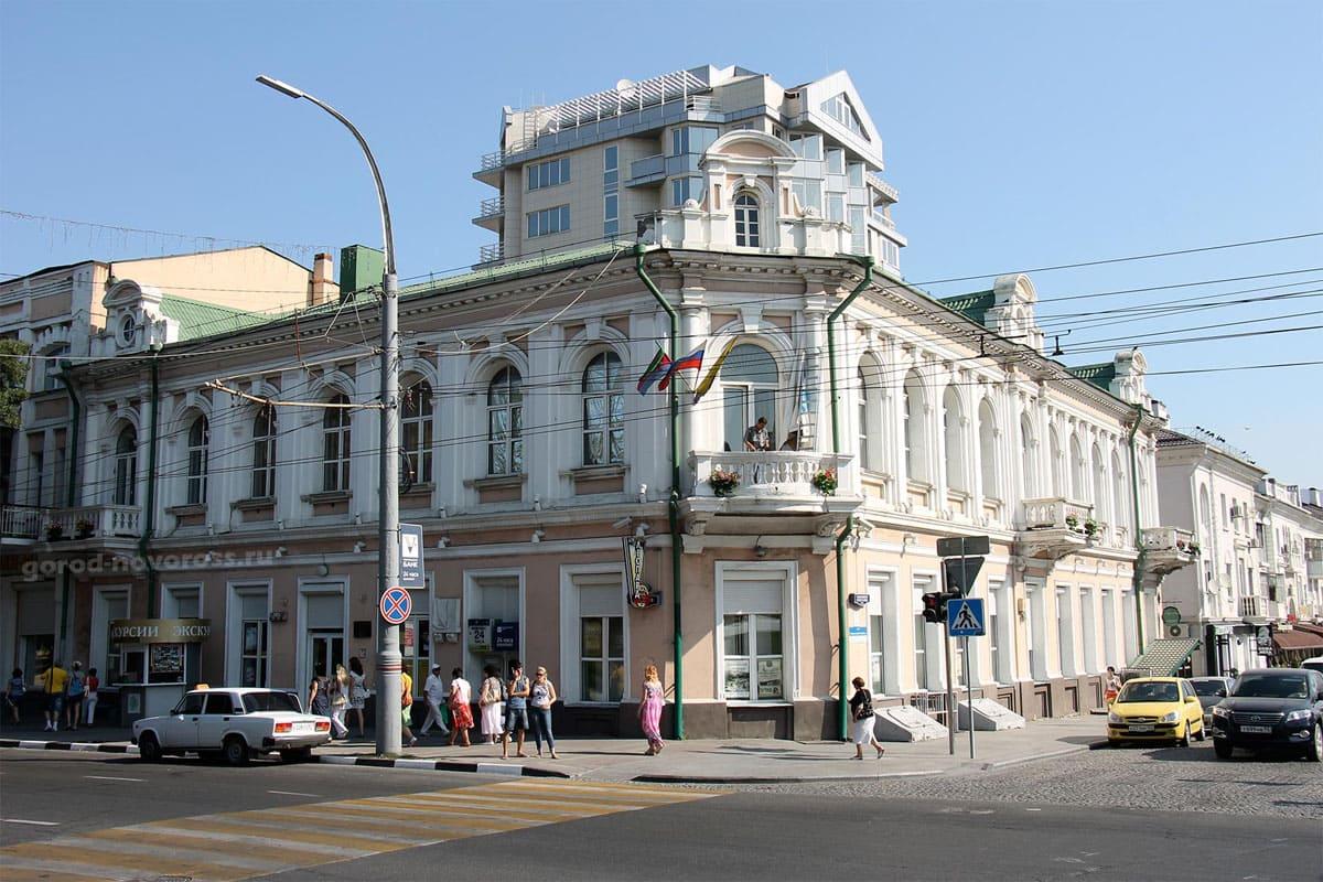 Улица советов в Новороссийске